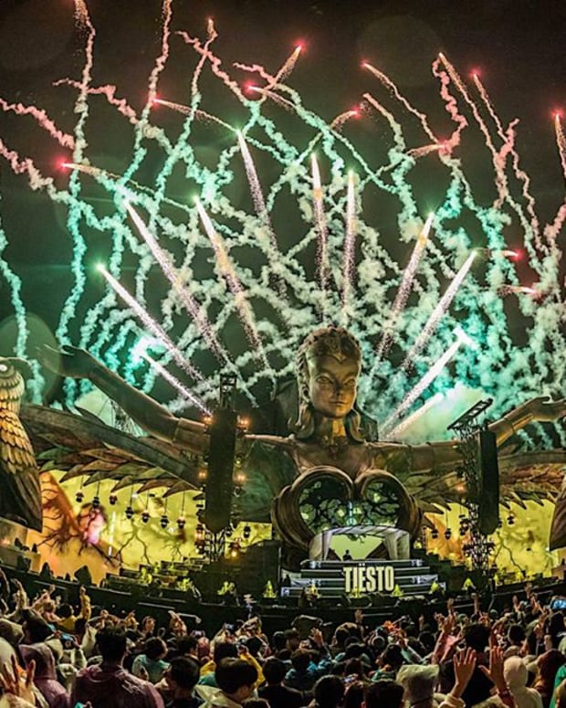 Fireworks at the main stage during Insomniac's EDC Guangdong 2018.