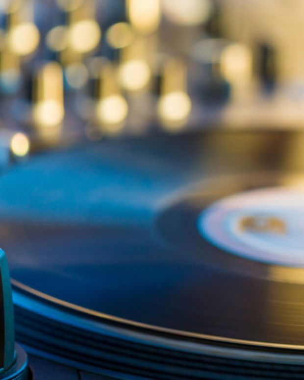 Vinyl Record Turntables Cover