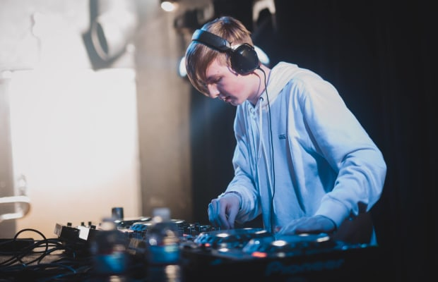 "WHETHAN RELEASES INCREDIBLE BOOTLEG FOR BROCKHAMPTON'S ""STAINS"""