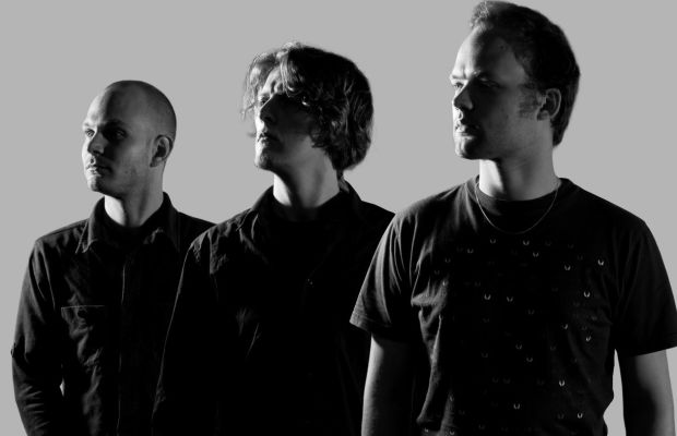 """Noisia Shares Incredible Remix Of Pendulum's Iconic Track """"Hold Your Color"""""""