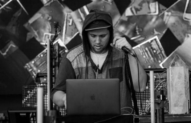 Pretty Lights live streams NYE Weekend Sets to Support Hurricane Relief Efforts in Puerto Rico
