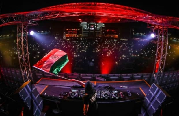 Hardwell Successfully Raised Funds to Aid Education for 100,000 in India