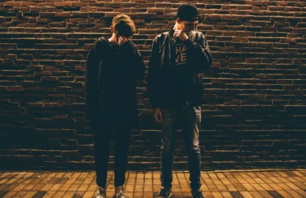 """Louis The Child Releases Bright New Video for """"Right To It"""" feat. Ashe [WATCH]"""