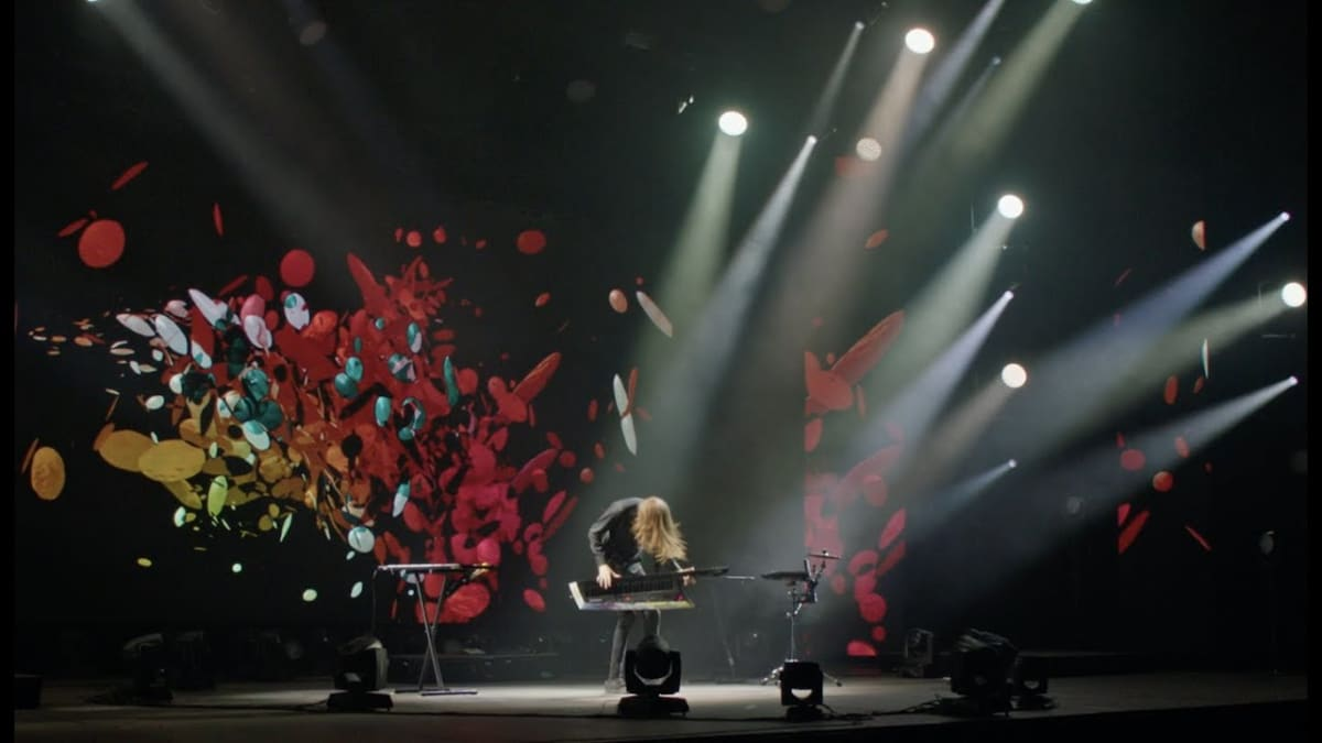 """Axel Thesleff Turns Cancelled Live Set Into Immersive Film Experience with """"Arena Live"""" - EDM.com"""