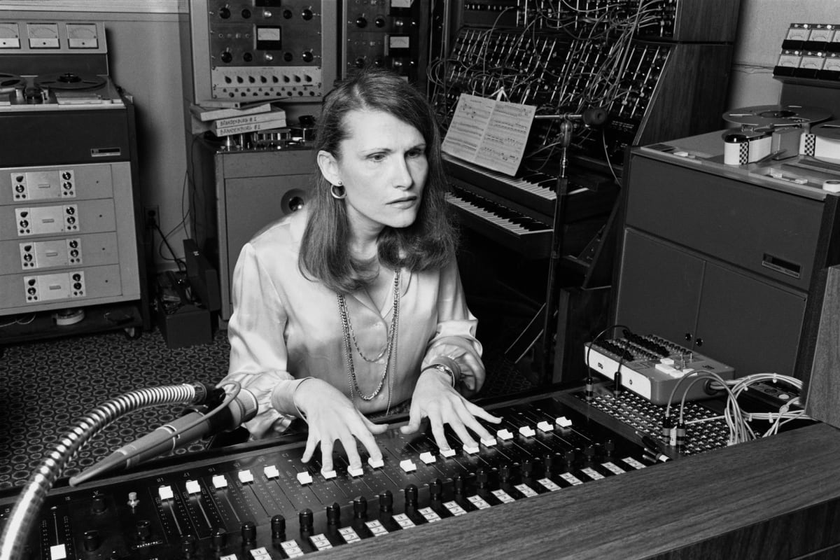 New Biography Explores the Life of Wendy Carlos, Trans Woman Who Helped Develop the Moog Synthesizer - EDM.com