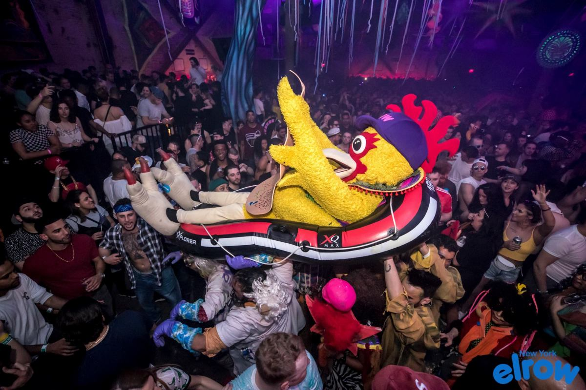 ELROW RESIDENCY - BIG BIRD CROWDSURFING