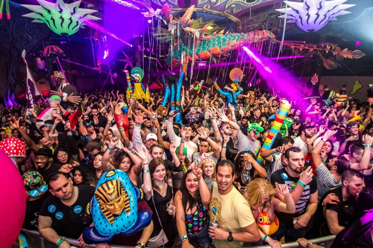 ELROW NYC RESIDENCY - CROWD