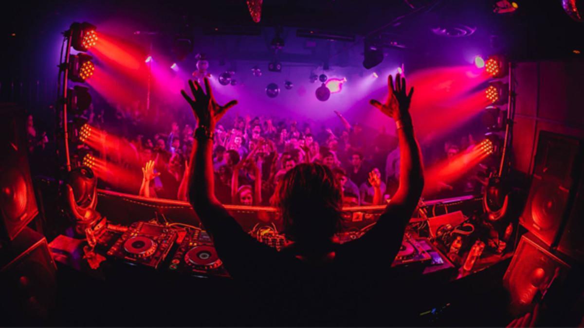 EDX in LA club