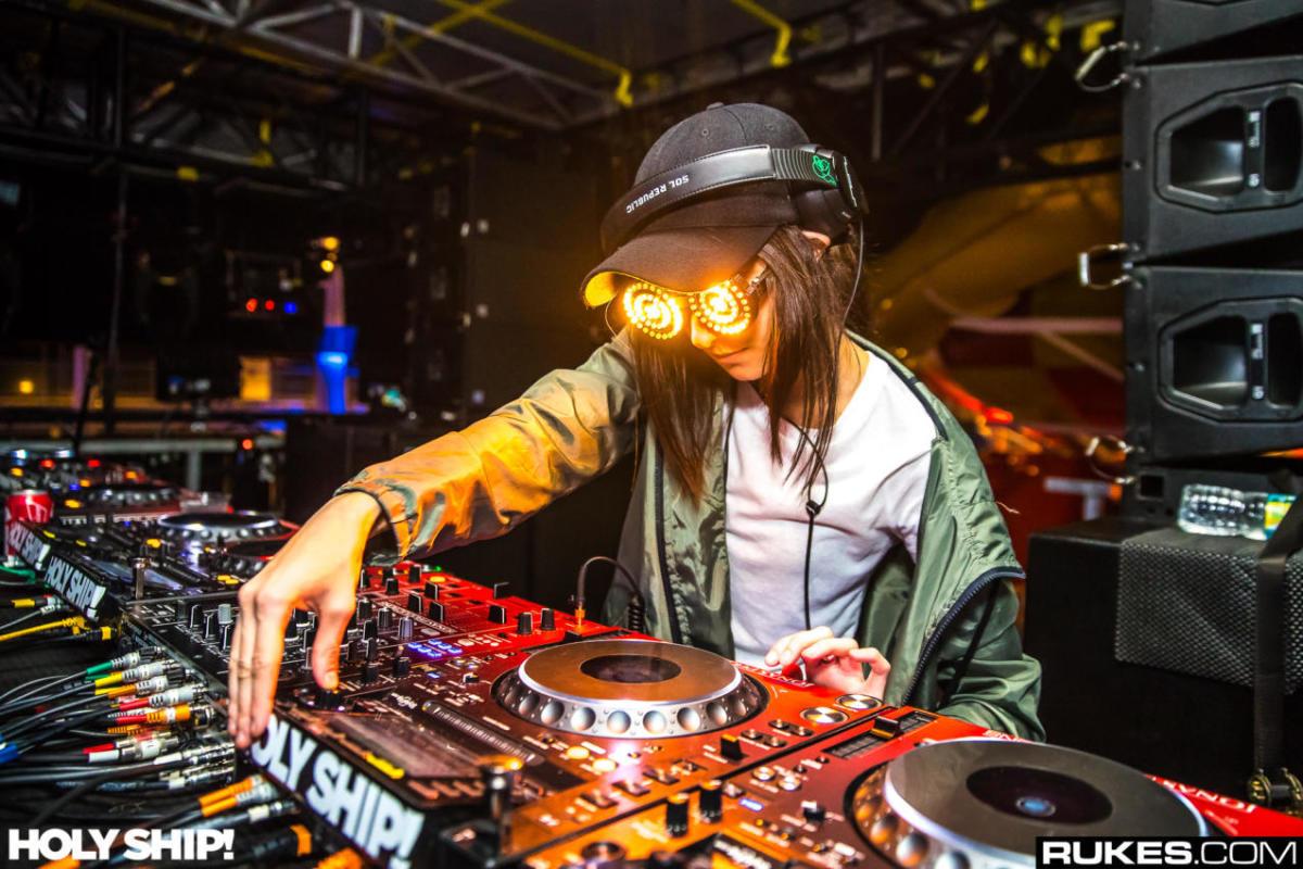Rezz Drops Deep Dubstep-Inspired ID at Imagine Music Festival