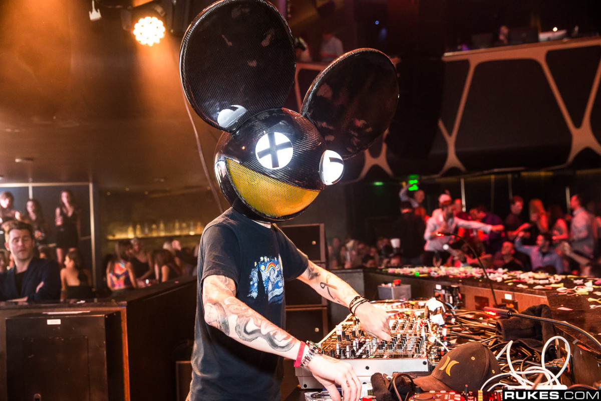 deadmau5' we are friends vol. 009 is Finally Here