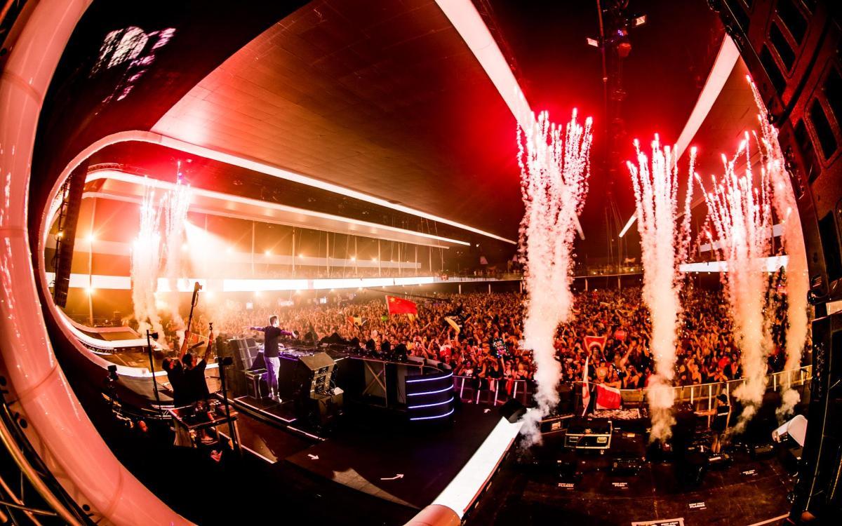 Armin van Buuren ASOT Tomorrowland