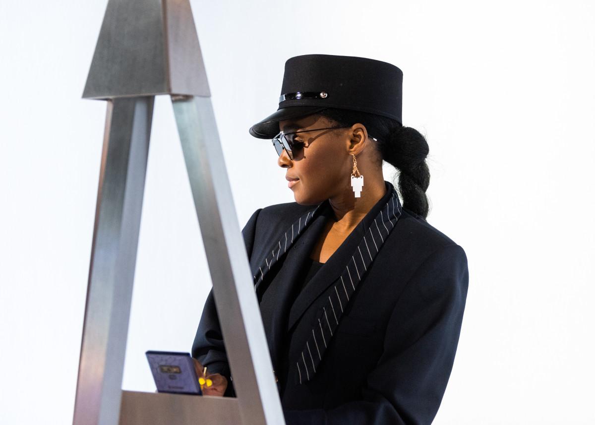 Janelle Monáe at Samsung 837
