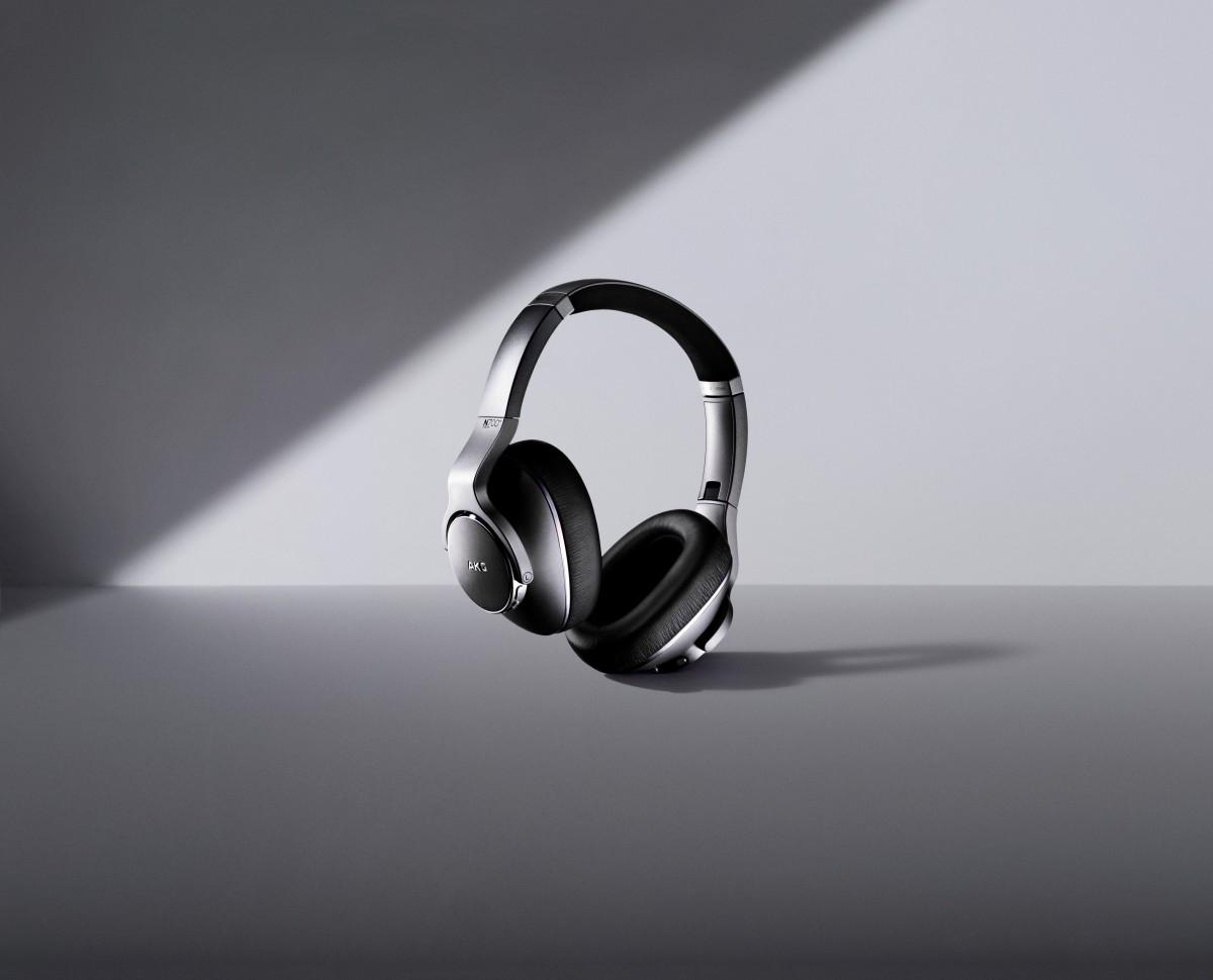 Samsung AKG N700NC Headphones