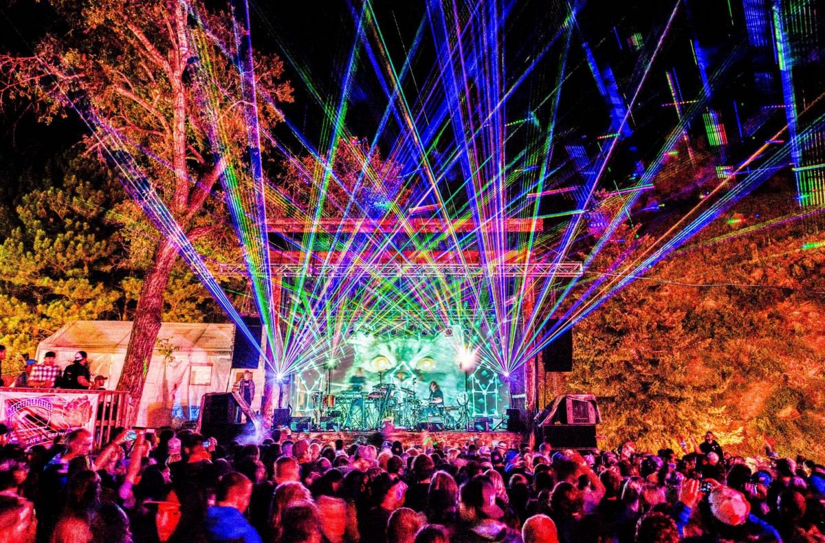 EOTO Laser Lightshow