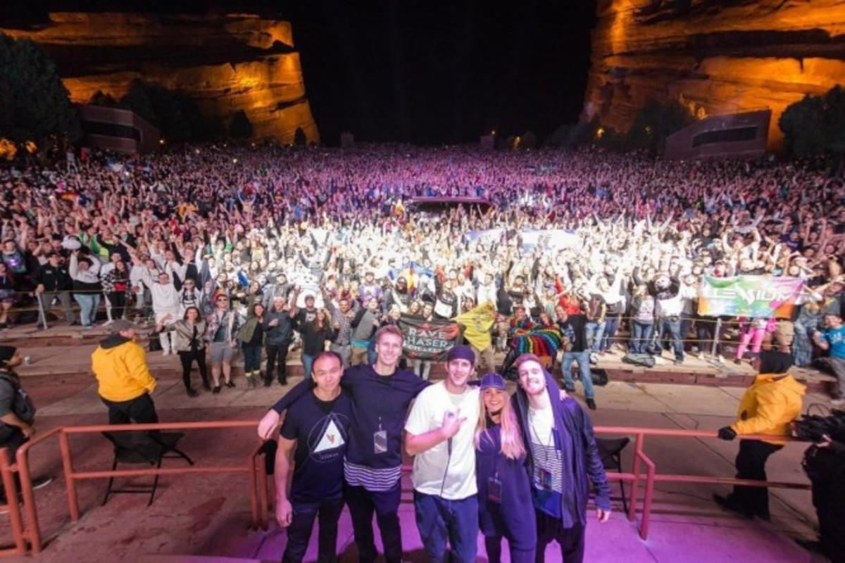 Sean Flynn and Team (Red Rocks)