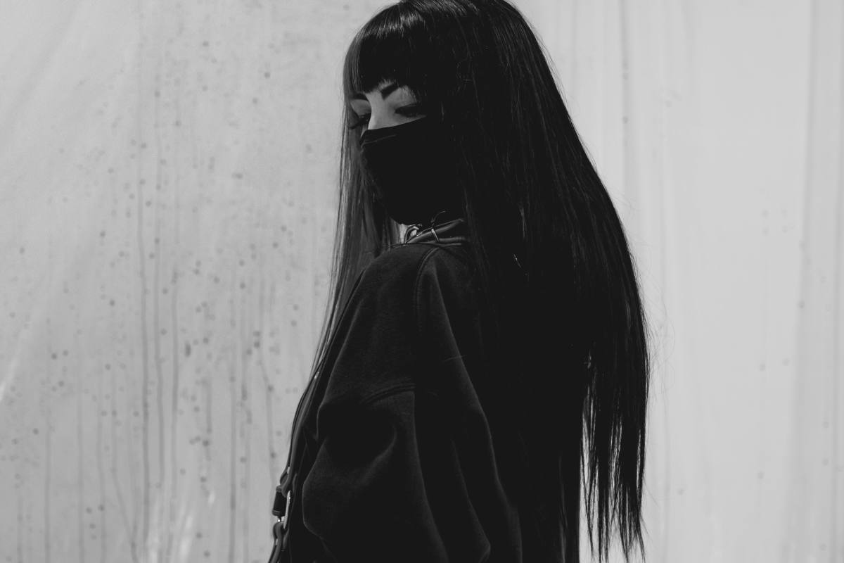 HVDES PRESS SHOT - Black & White Image