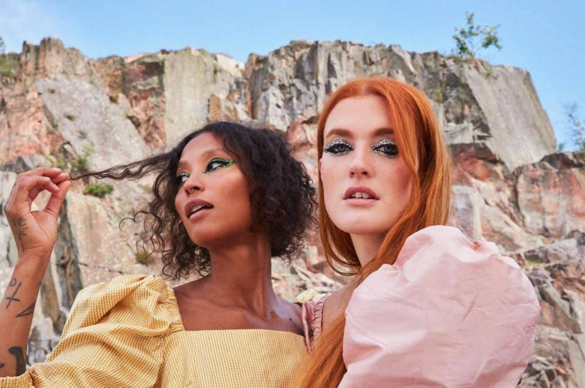 "Icona Pop Returns with '90s-Inspired Dance Track, ""Next Mistake"""