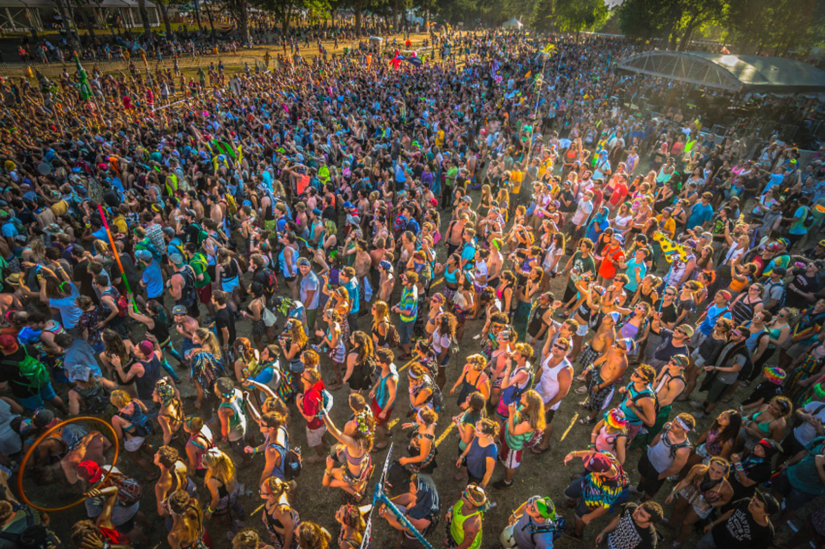 electric forest 2014 crowd shot
