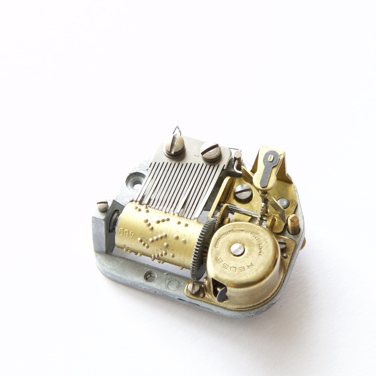 mechanical music box player