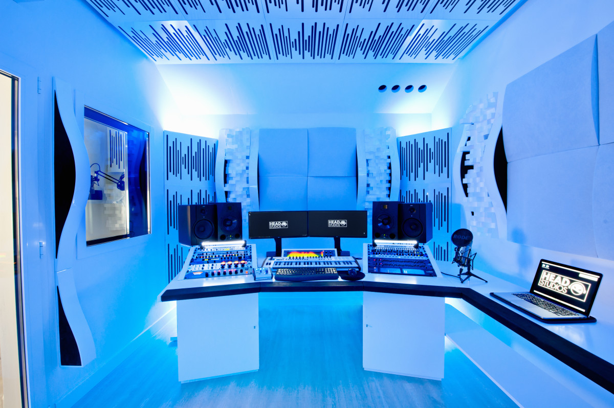 HEAD STUDIOS / Luca Testa Music - Recording Studio Press Shot (EDM.com Feature)