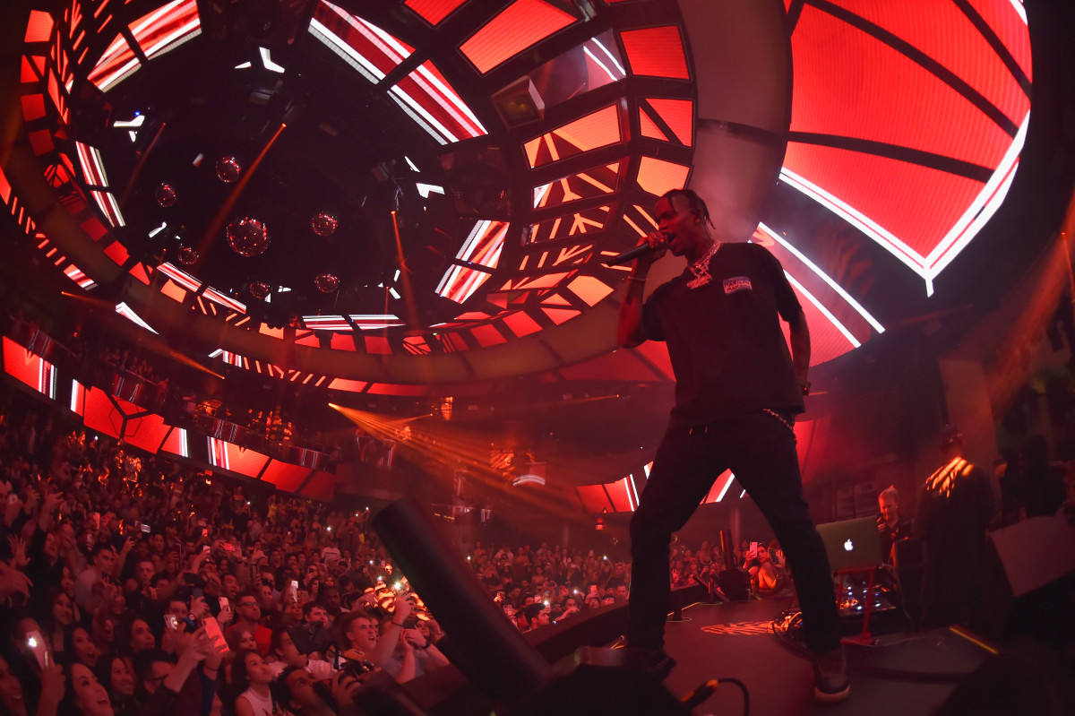 Travis Scott Performing under the Tesla Coil ceiling at KAOS. Photo: Palms Casino Resort