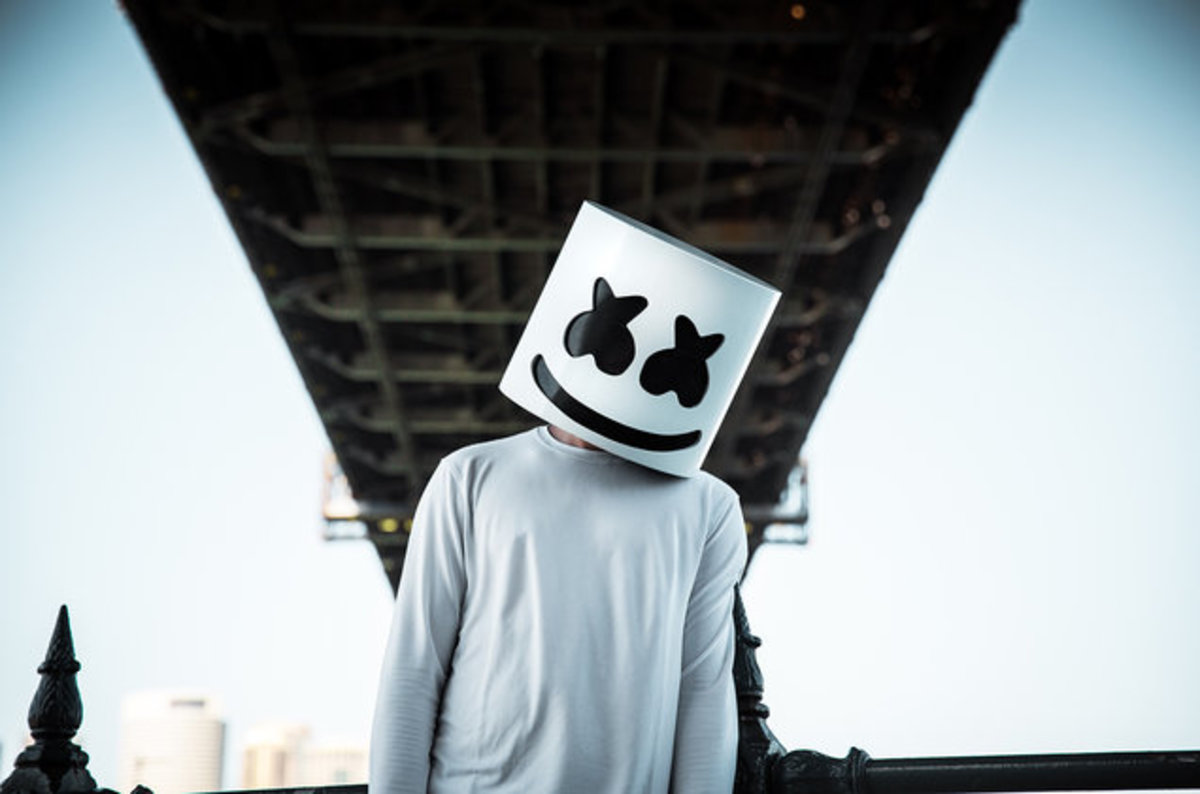 Marshmello's Girlfriend Posts Unmasked Picture of Him on Valentine's Day -  EDM.com - The Latest Electronic Dance Music News, Reviews & Artists