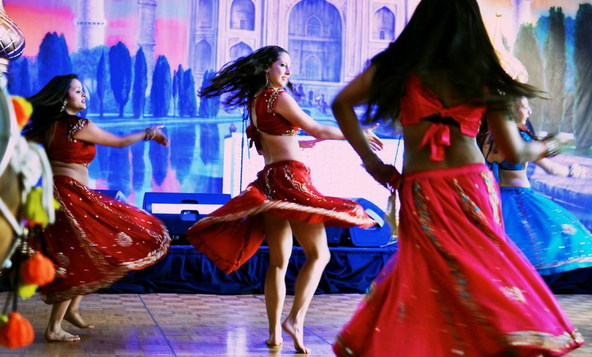 Bollywood dancers.