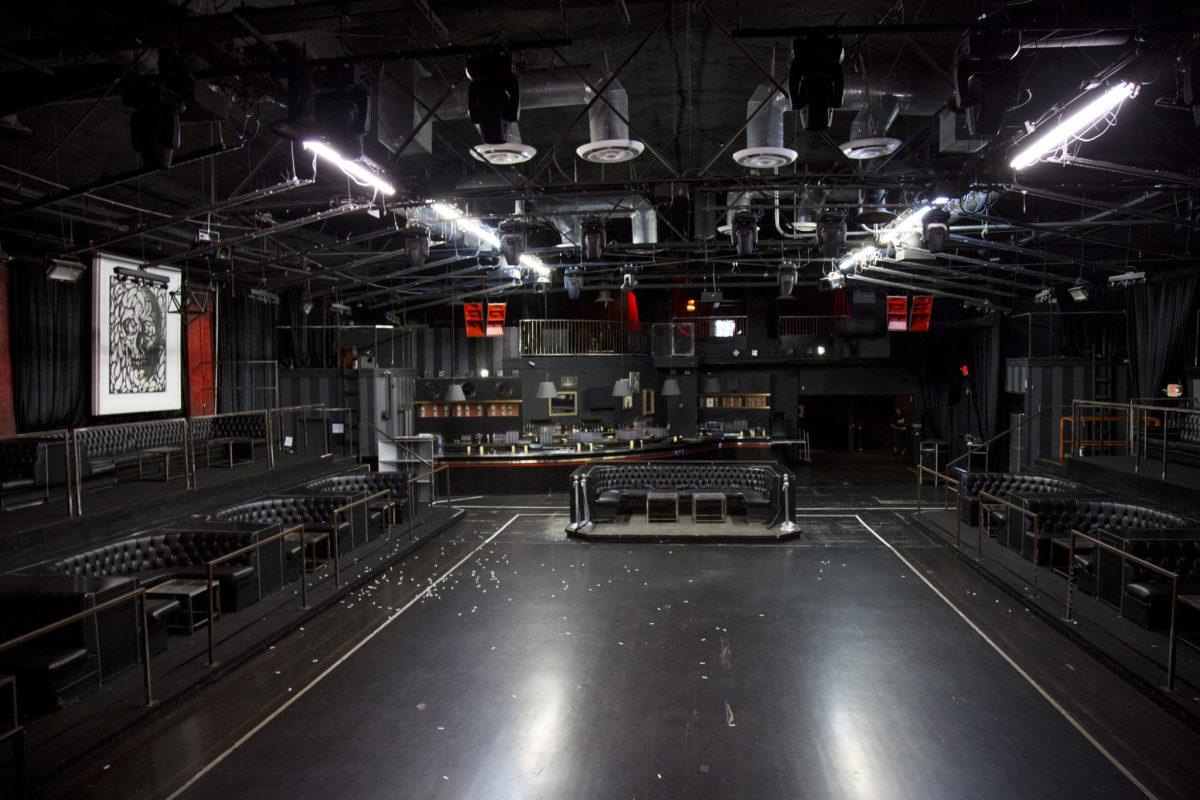 create nightclub empty