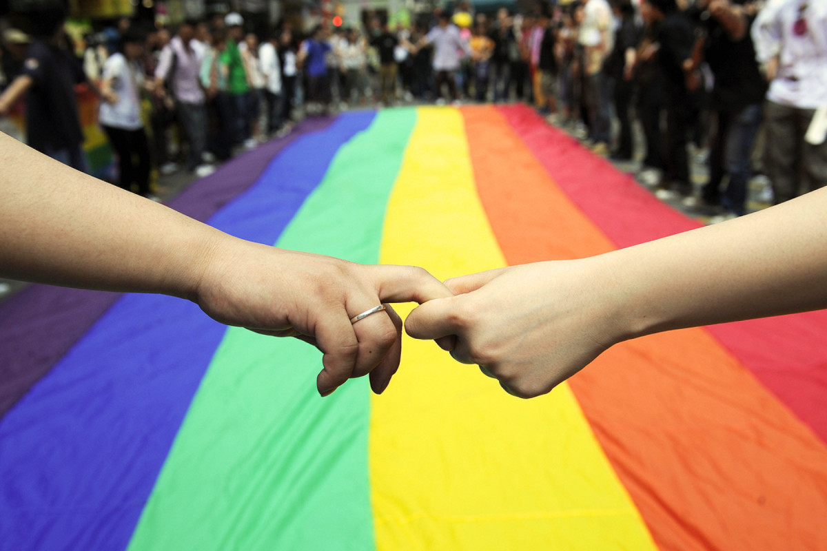 Lgbt Communities Take A Gay Marriage Victory Lap With Pride Events