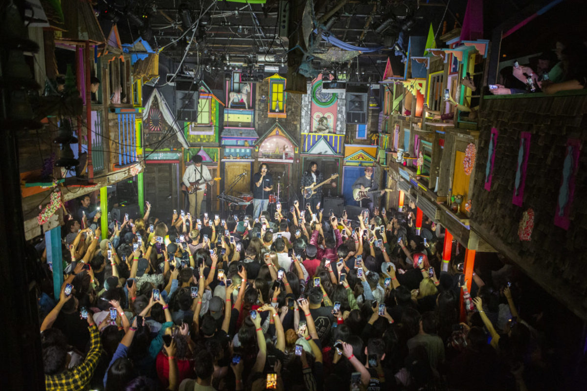 """House of Eternal Returns,"" Meow Wolf stage"