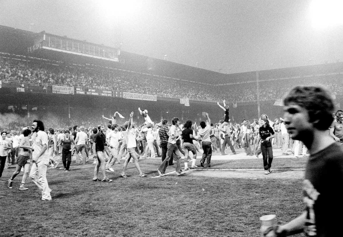 Over 5,000 fans stormed the field at Chicago's Comiskey Park on July 12th, 1979 in a riot following the burning and explosion of disco records.