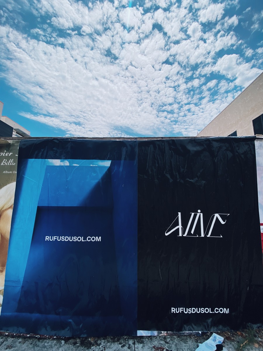Mysterious posters depicting RÜFÜS DU SOL have popped up in Los Angeles.