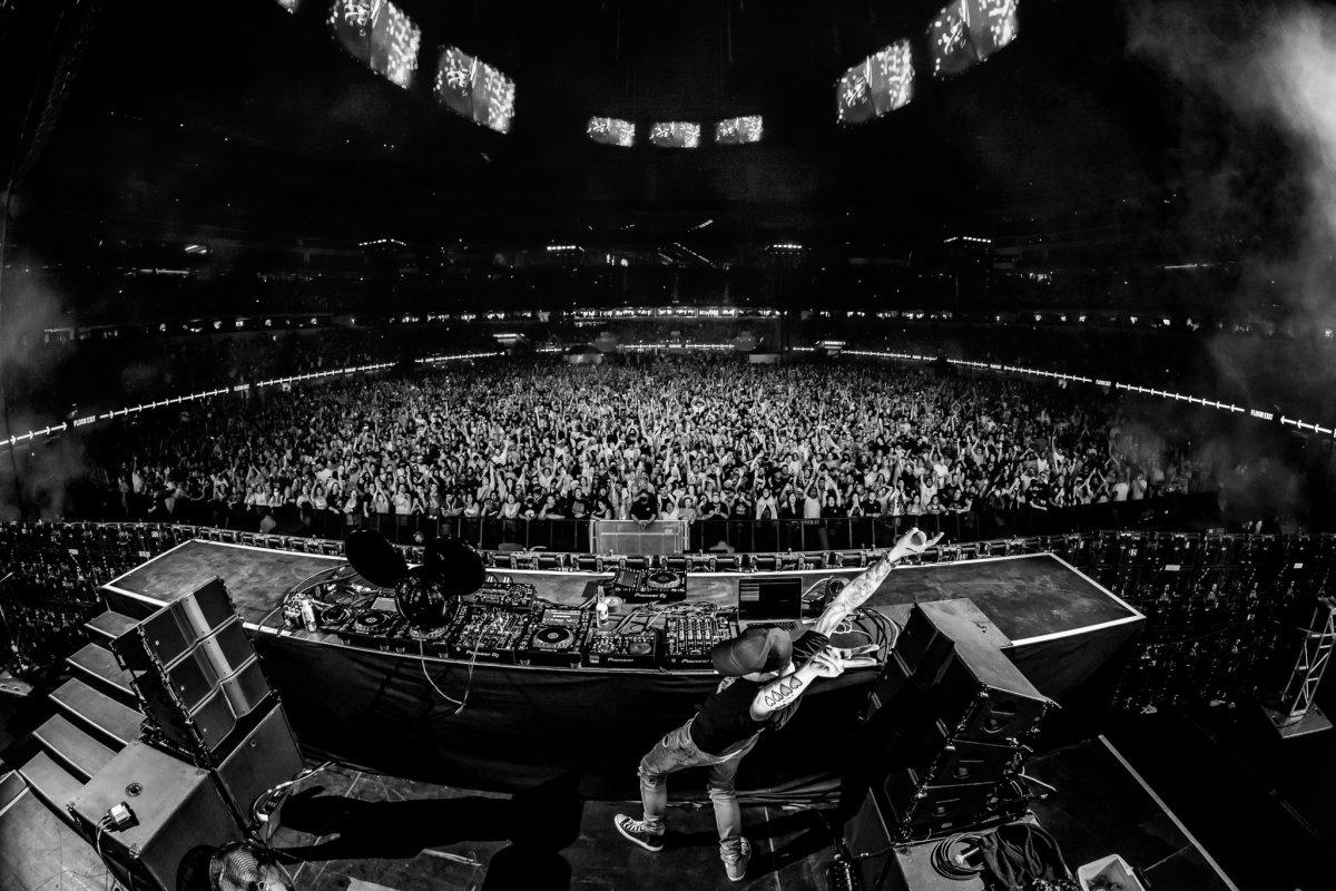 deadmau5 performs at SoFi Stadium before Kaskade's headlining performance.