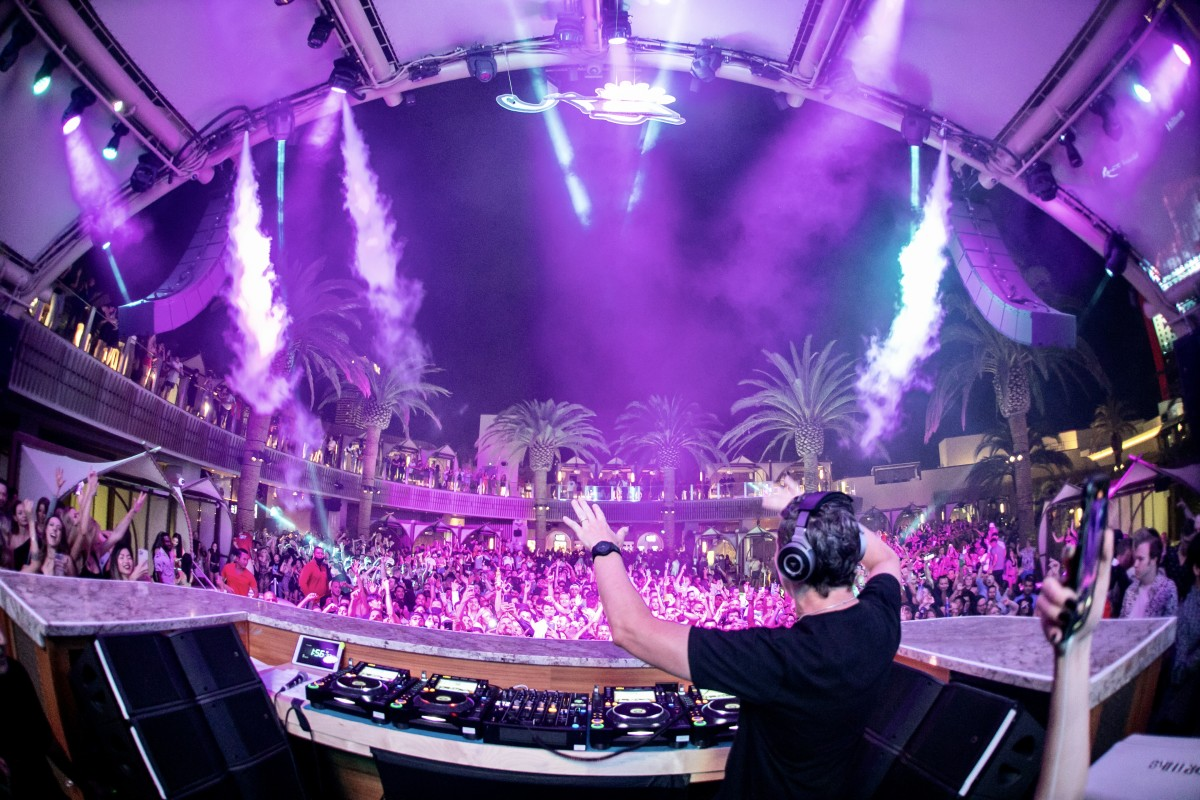 Tiësto plays a sold-out nighttime set at Zouk Group's Ayu Dayclub.